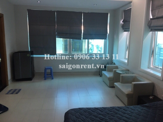 Serviced apartment 01 bedroom with nice garden on topfloor, next to District 1, 5 mins drive to Ben Thanh market- 380 USD